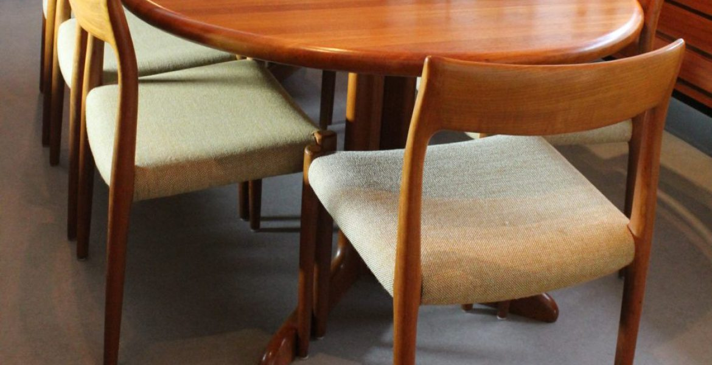Retro Tafel Rond : 8 niels o. moller stoelen met tafel deens design u2013 tezz vintage